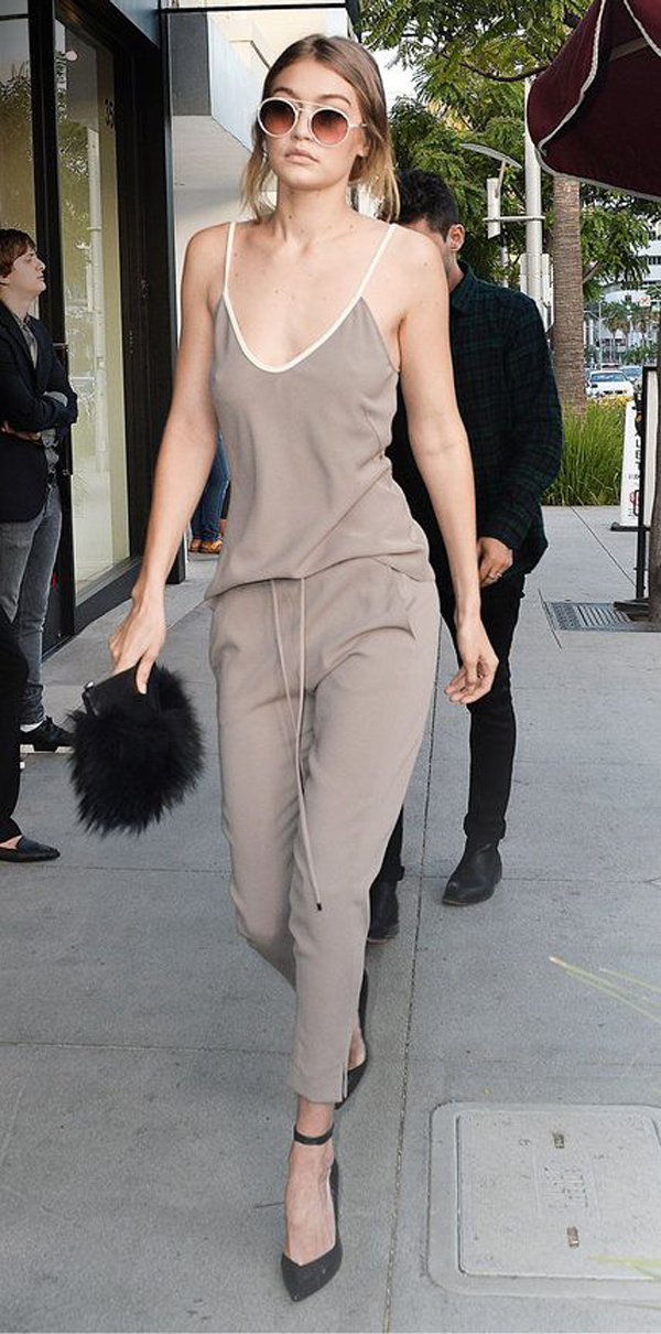 35 Best Gigi Hadid Street Style With Casual Looks Inspiration Your