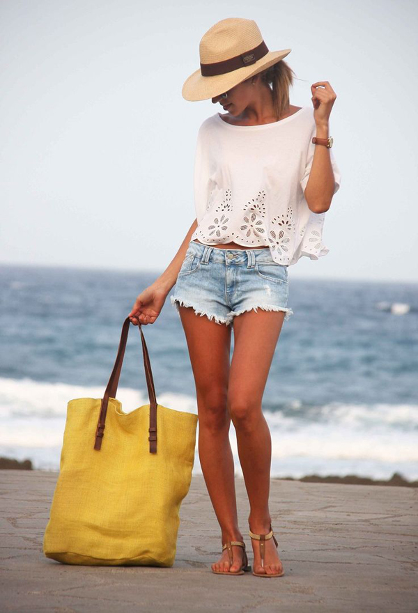 7 Stylish Fashion Tips For Beach Getaway