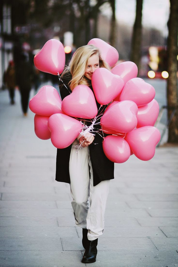 Valentine's Day Outfit Ideas That Look Soft