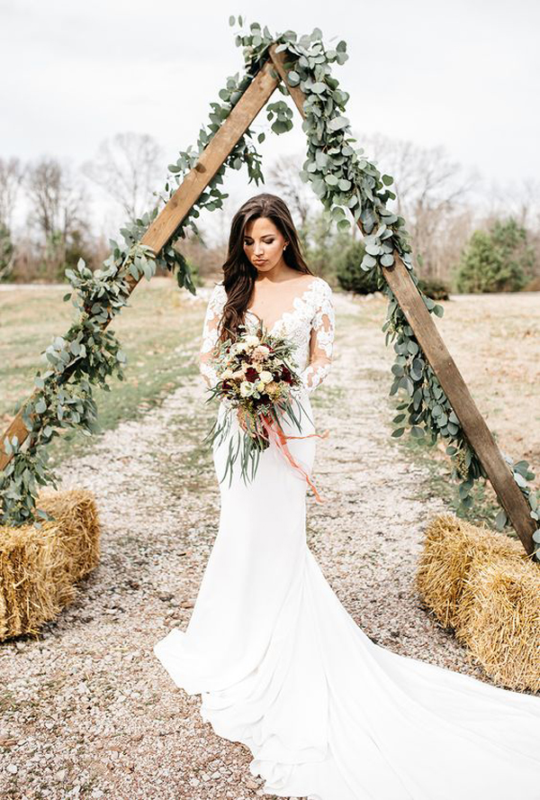 25 Beautiful Rustic Wedding Dresses For Sweetest Memories