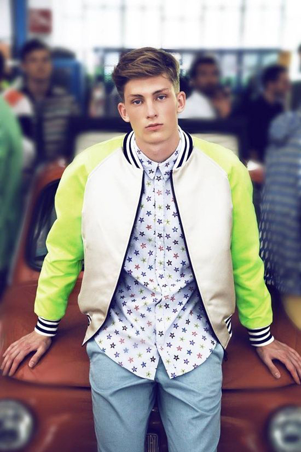 Man Neon Look styles: Latest Trends For 2019