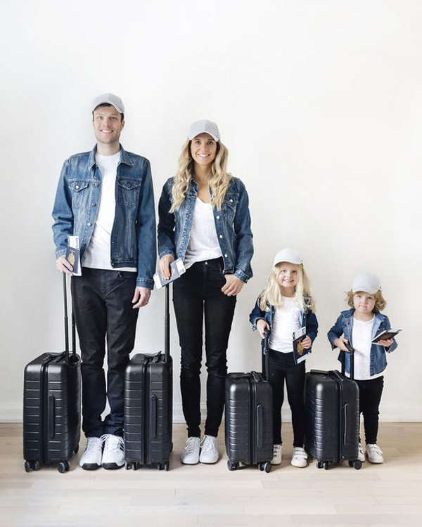 20 Inspiring Matching Family Outfits You Can Try