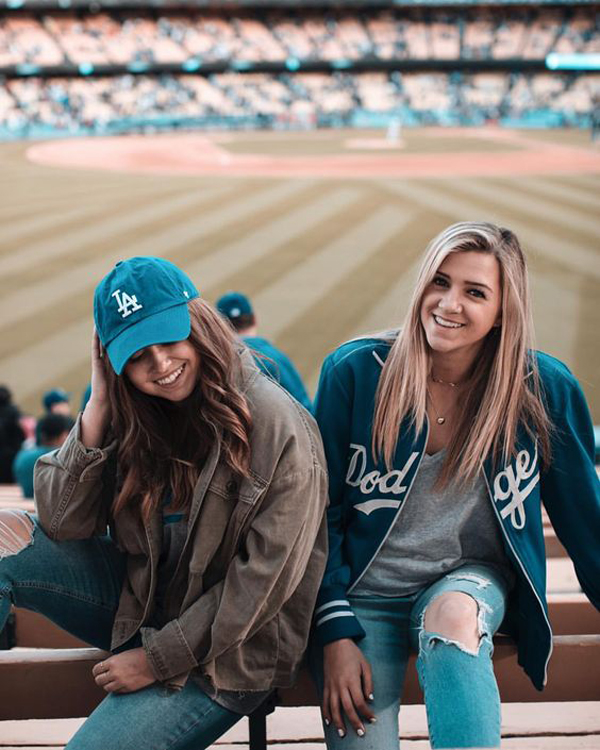 35 Cute Girls Outfit Ideas To A Baseball Game