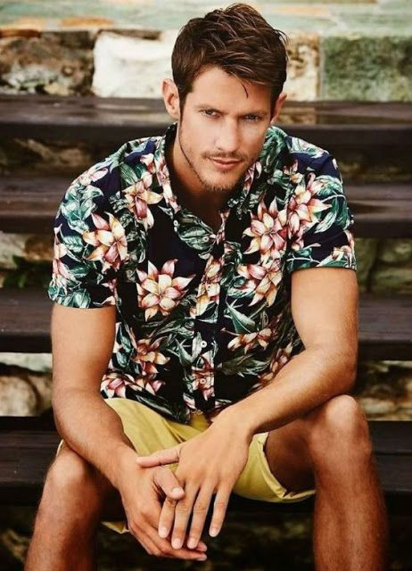 40 Cool And Masculine Men Floral Shirts For Summer