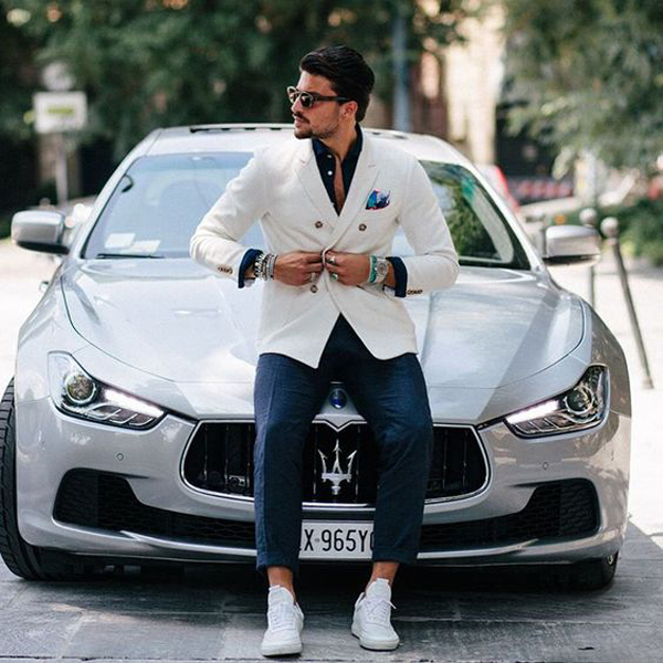 27 Most Casual Men Business Outfits With Cars
