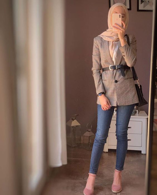 25 Pretty Hijab Outfits Ideas With Blazer