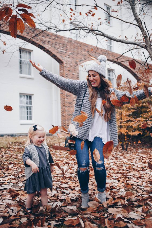 22 Super Trendy Young Mom Outfits For Fall