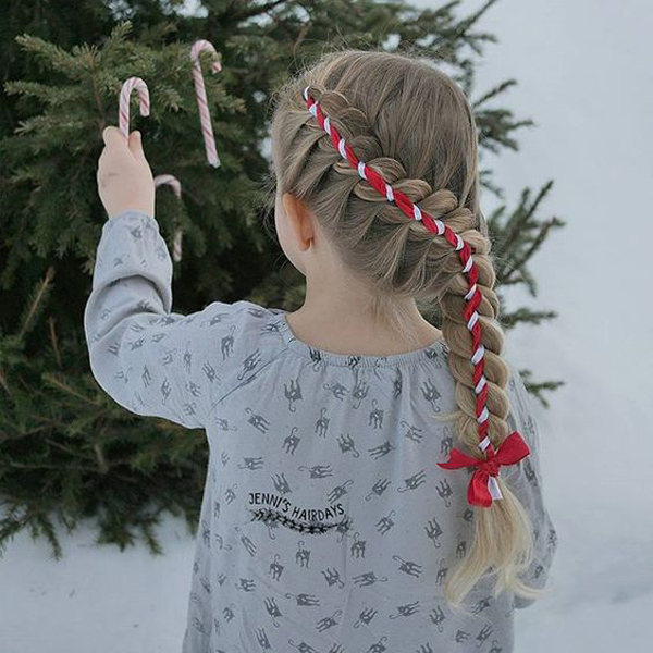 22 Simple And Cutie Christmas Hairstyles That Kids Will Love