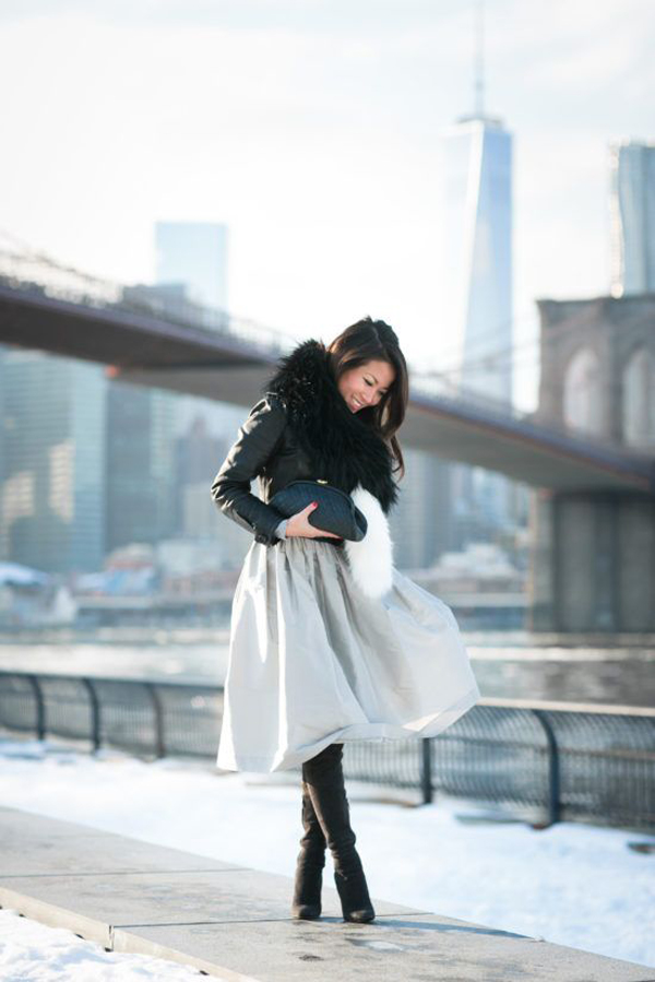 20 Feminine Winter Outfits With Midi Skirts