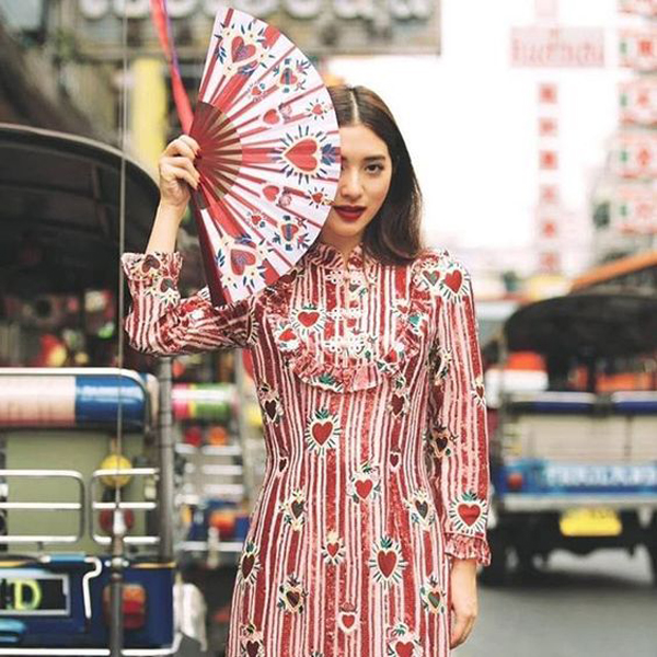 20 Stylish Holiday Outfits Ideas For Chinese New Year