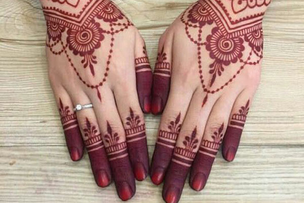The Charm of Henna with all its Beauty