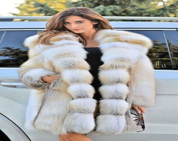Look charming with a furry jacket
