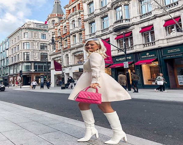 White Knee Hight Boots Style for Women